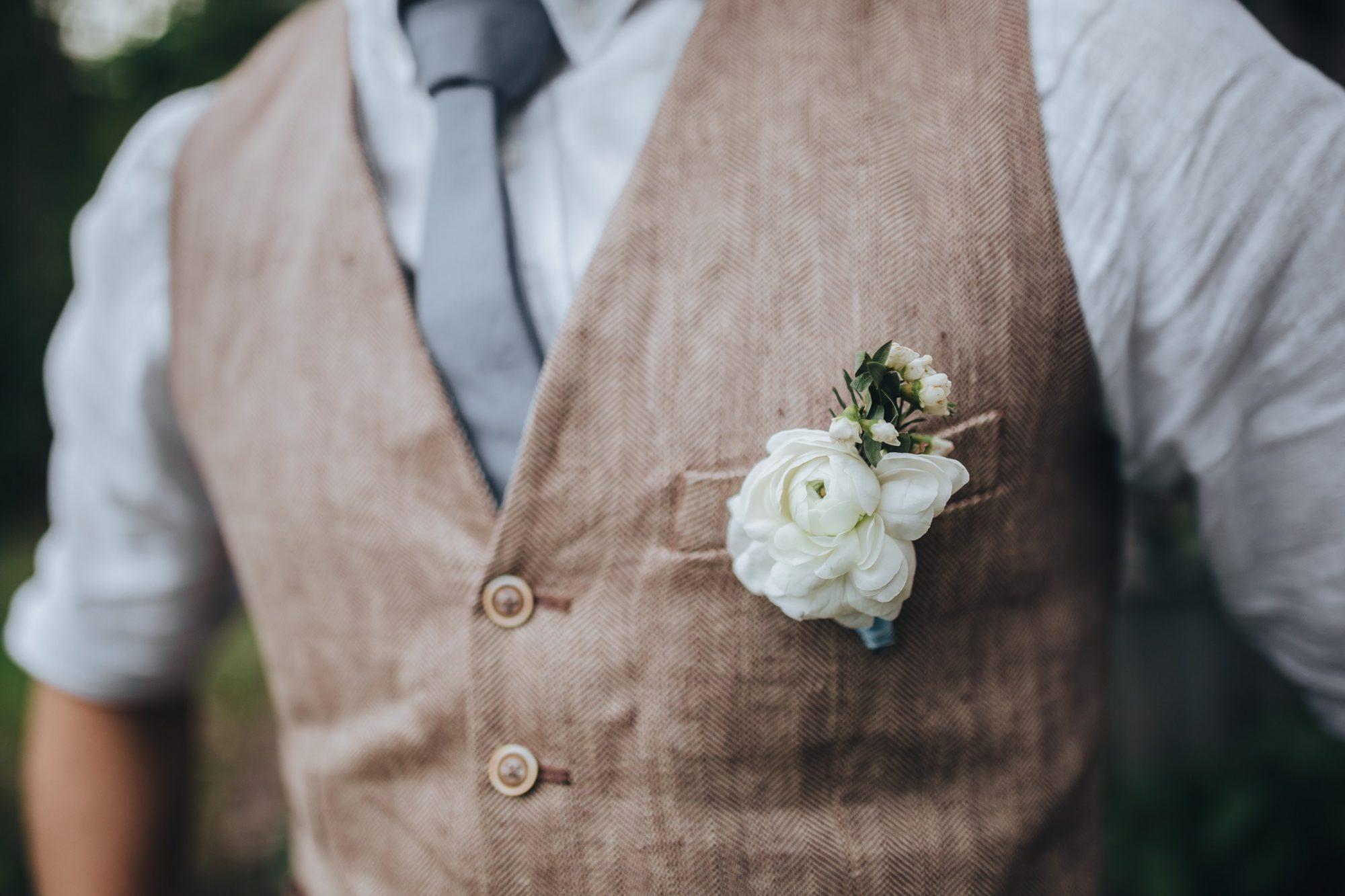Todo lo que necesitas saber para elegir tu traje de novio perfecto