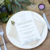 ¡¡NARA es una colección súper romántica!! Ideal para las bodas al aire libre de este 2021: sencilla y fresca 🌿Además te proponemos también una idea diferente para decorar el centro de la mesa para el banquete, que acompaña perfectamente esta colección.¡¡Desliza las imágenes y haz clic en ellas para descubrirlas!!#comotinta #boda #bodasoriginales #bodas2021 #bridetobe2021 #bodasbonitas #bodas #wedding #invitacionboda #invitacionesdeboda #coleccionboda #bride